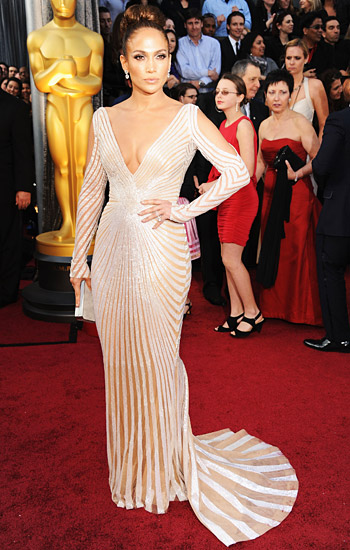 2012 Oscars: Forbes' 10 Best Dressed Ladies