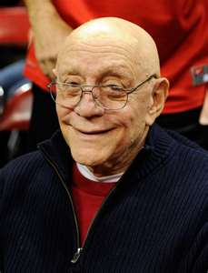 Jerry Tarkanian stays in Vegas Hospital for observation