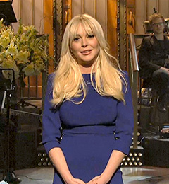 Lindsay Lohan Hosts Saturday Night Live