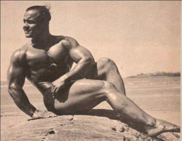 Mr. Universe 1952: Manohar Aich celebrates his 100th birthday (Photo)