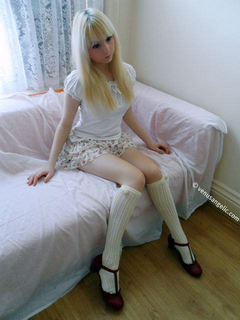 Venus Angelic: More videos of Venus Palermo a 15-year-old Living Doll