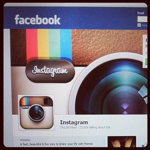 Facebook Buys Instagram: Image-Sharing Mobile App for $1B