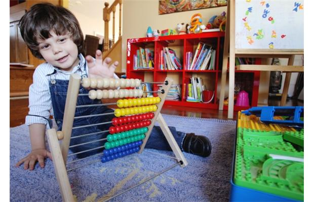 Anthony Popa Urria, two-year-old Calgary boy, Canada's youngest person to join Mensa