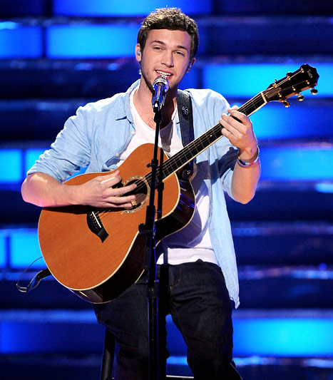 American Idol 2012 Grand Finale Result: Phillip Phillips wins American Idol Season 11