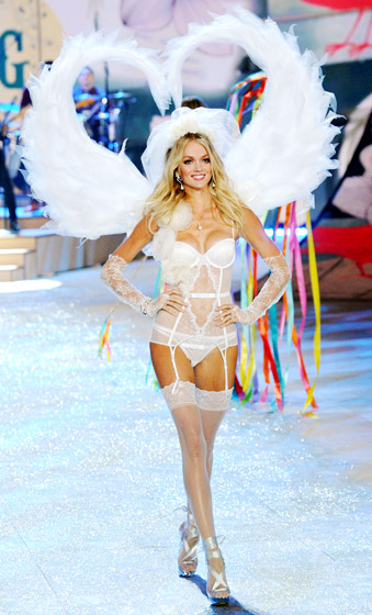 Victoria's Secret Supermodel Lindsay Ellingson