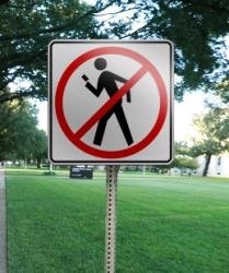 No Texting While Walking Sign